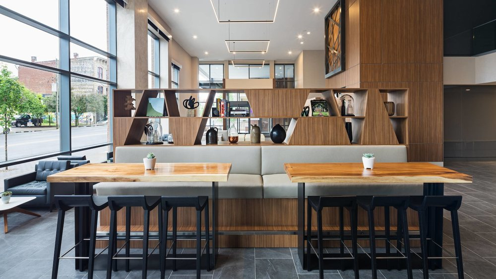 sdfac-lounge-0037-hor-wide.jpg
