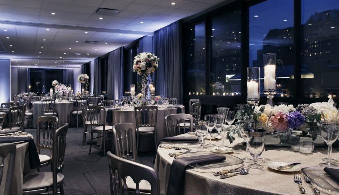 Chicago-7-Wedding-Reception_THCHI-680x392.jpg