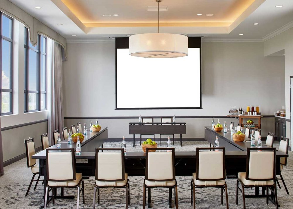 the-edwin-hotel-chattanooga-meeting-room-urban.jpg
