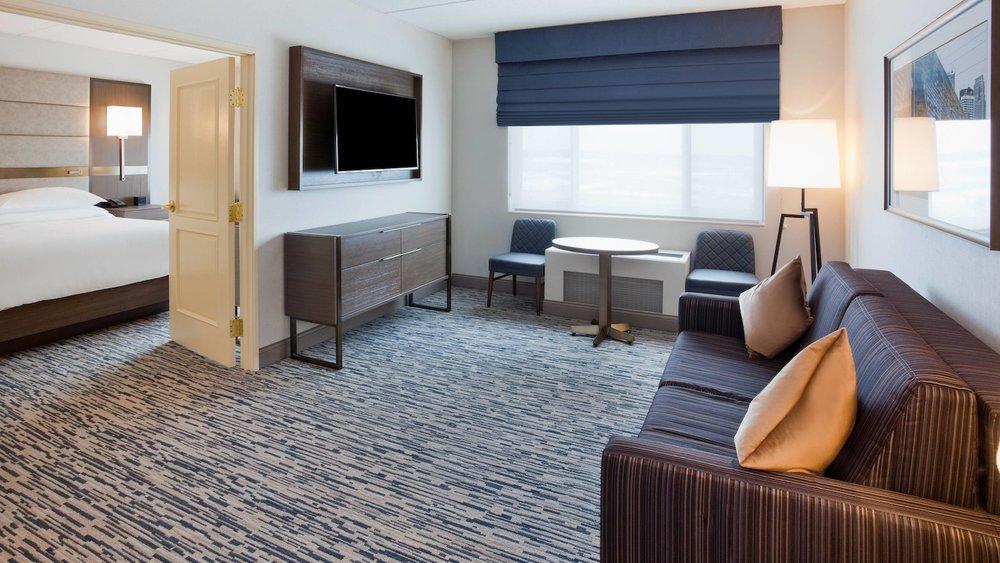 mspsw-suite-living-8712-hor-wide.jpg