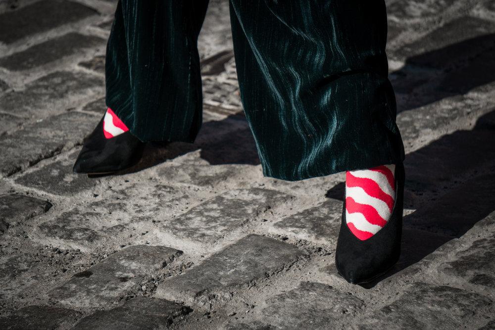 Mi outfit: - Total look: H&MCinturón: ZaraCalcetines: Happy socksHeels: TopshopClutch: Vintage
