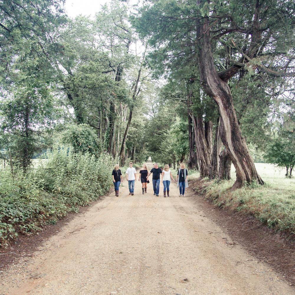 Tuckahoe Plantation Family Portraits - Stacie Marshall Arts Photography