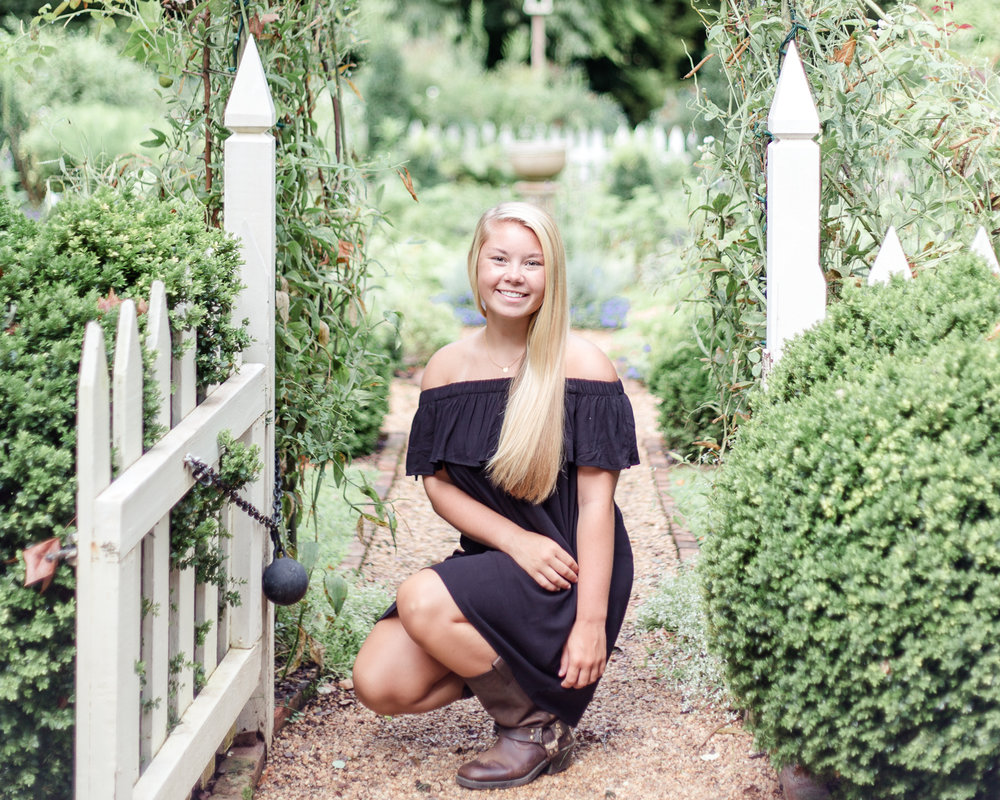 Tuckahoe Plantation Portraits - Stacie Marshall Arts Photography