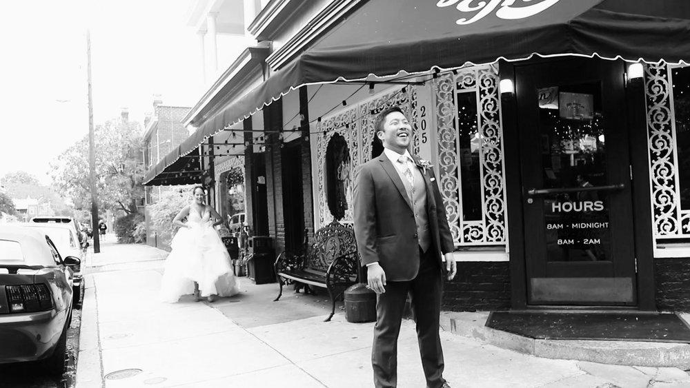 First Look at Joe's Inn - Fan Wedding