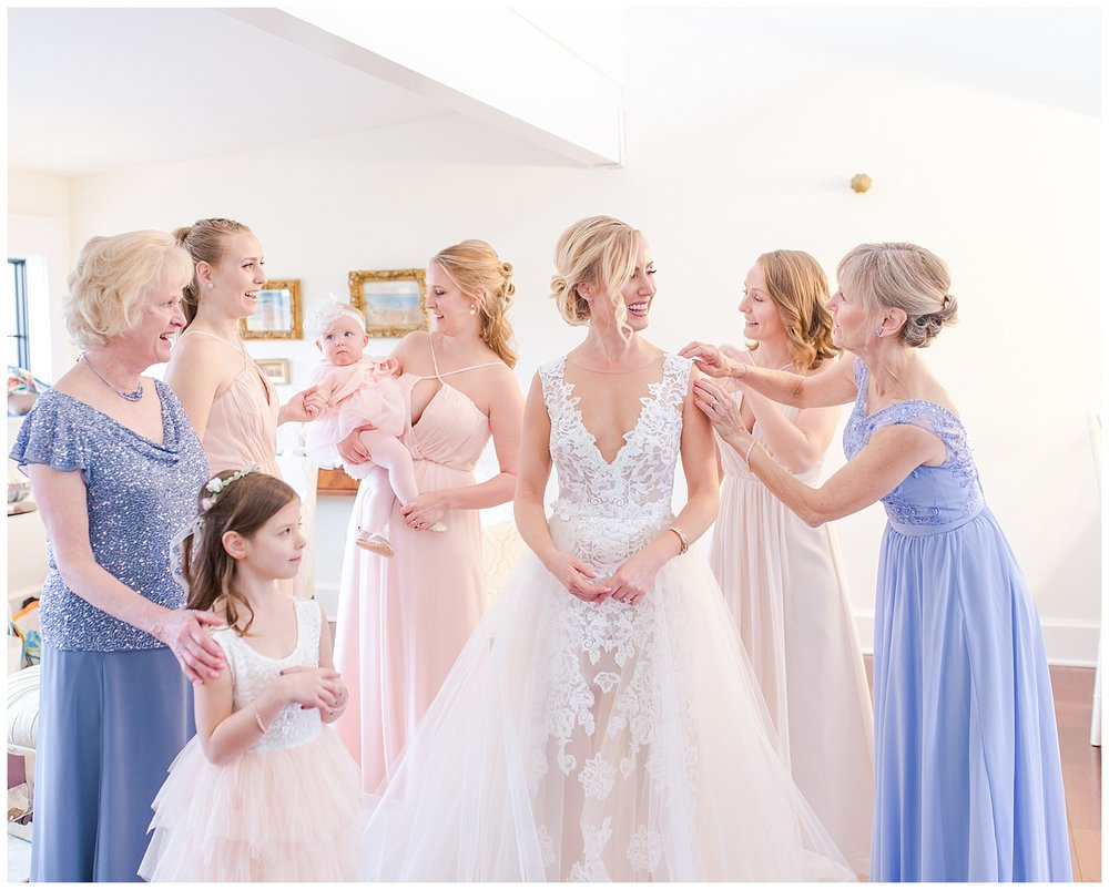 Virginia wedding at Upper Shirley Vineyards - bridesmaids