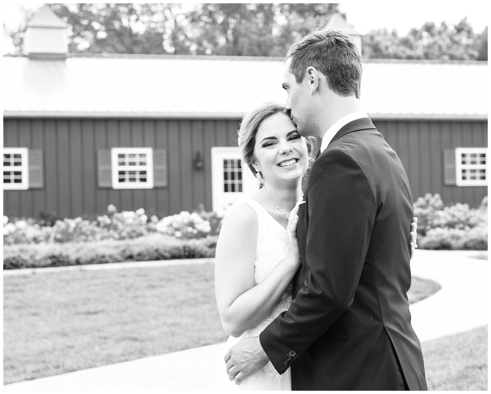 Virginia Wedding Photographer - Vineyard Estate at New Kent Winery