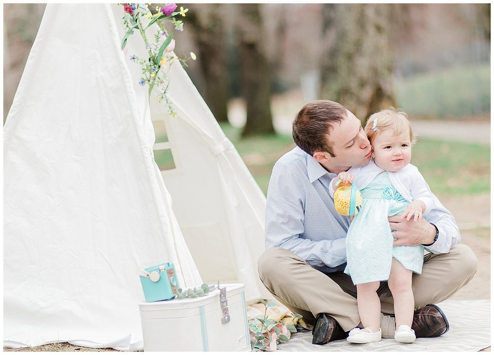 Daddy and Me Photos with teepee