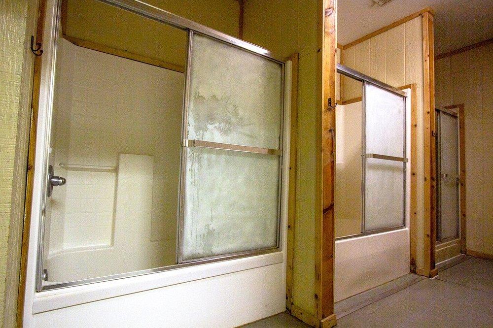 Cheoah-Showers.jpg