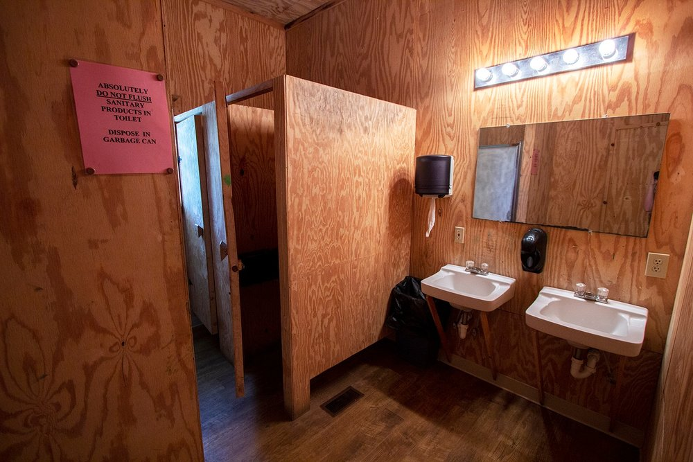 Bunks 4-5 Bathroom.jpg