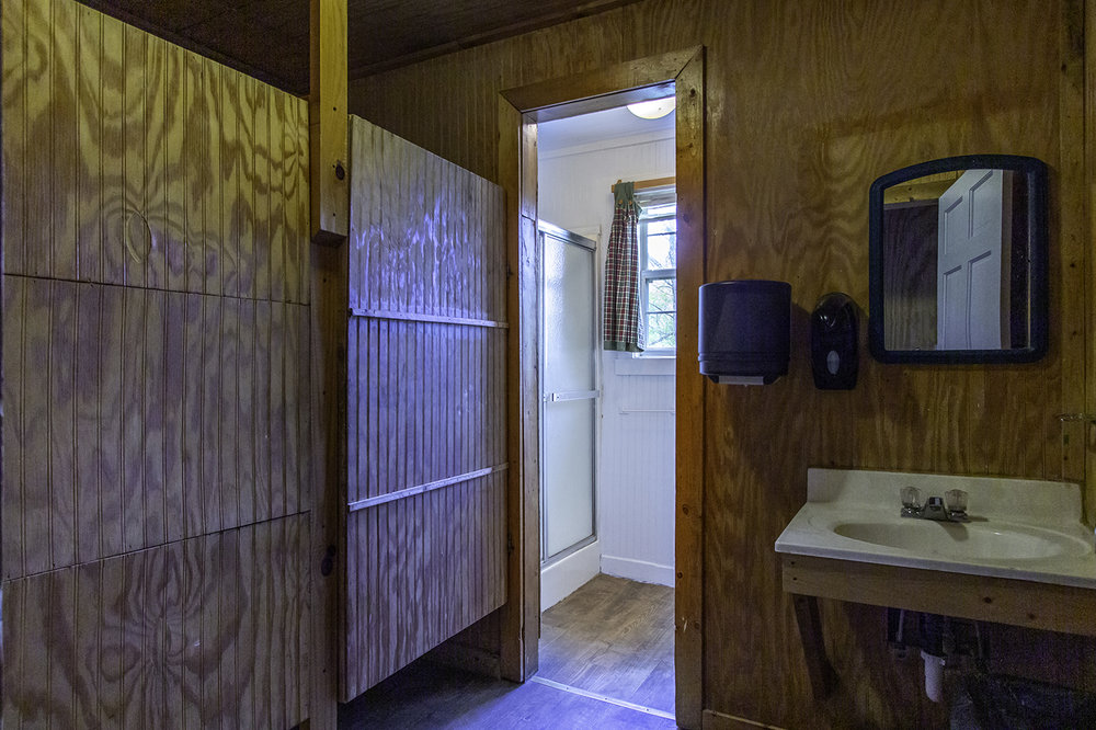 Sugarloaf Bathroom 2.jpg