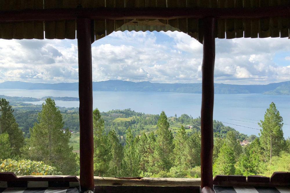 Lake Toba 03.jpg