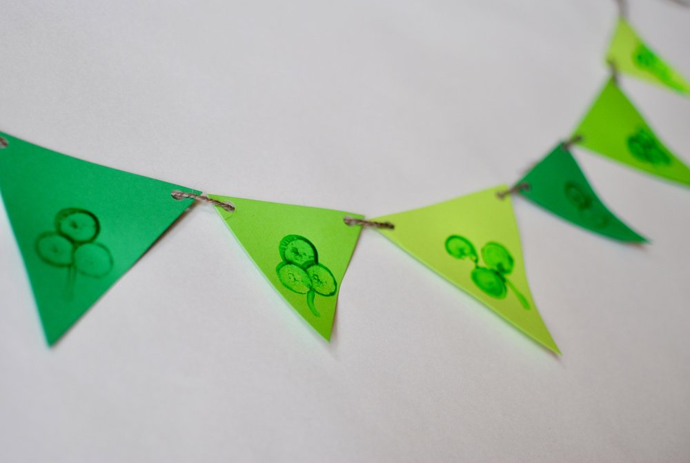 Clover banner - Simply stamp, let dry, hang and admire!