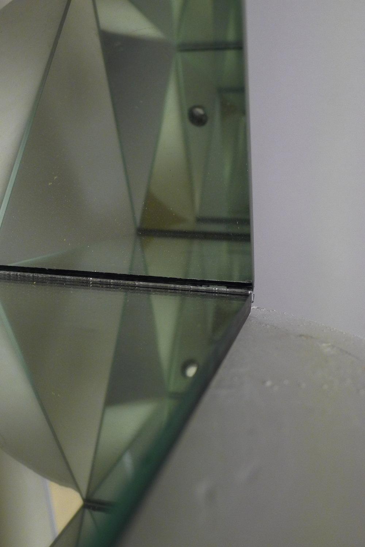 311.4.IMAGINATION.Espelho e gesso, 144 x 26 x 26cm, 2013.JPG