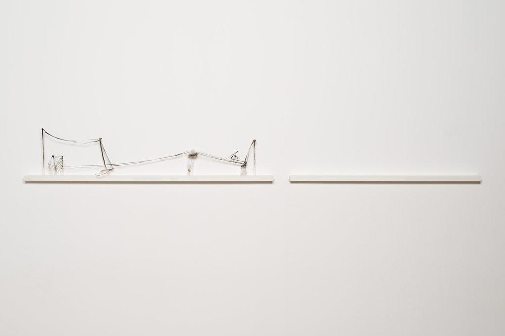 322.2.ESPAÇO . TEMPO II. Vidro Borosilicato e sílica, 30 x 6 x 285 cm, 2013.Exposição individual, Pré-Visão . Previsão,2013 .jpg