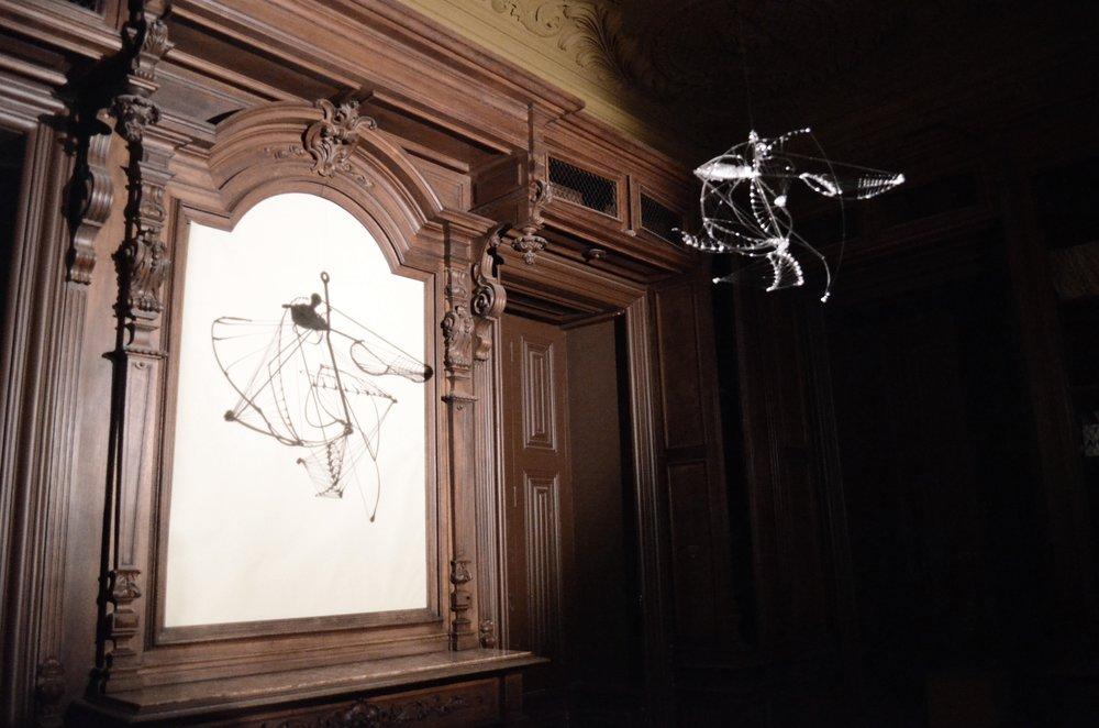 321.4.SEM TÍTULO. Vidro Borosilicato, 60 x 60 x 50 cm, 2014.:UNTITLED. Borosilicate Glass, 60 x 60 x 50 cm (23.62 x 23.62 x 19.68 in), 2014.JPEG