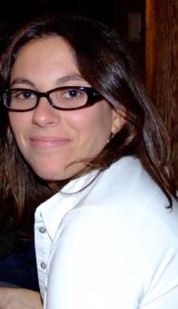 Cécile COSSIN ,Ancienne membre de l'équipe de France d'escrime (3ème au championnat d'Europe junior en sabre)