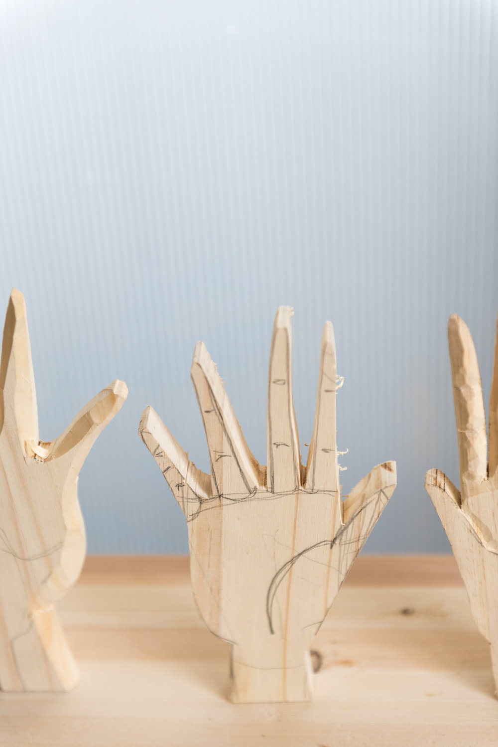 The project i was working on this day. carved hands.