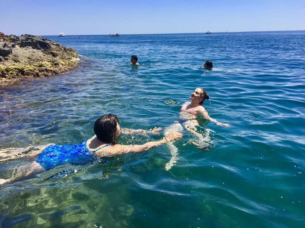 LC & my synchronized swimming routine in the Mediterranean