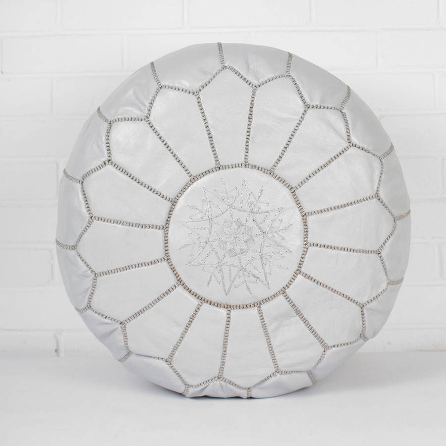 finest selection 85d74 ec06f White Leather Moroccan Pouf — Äventyr