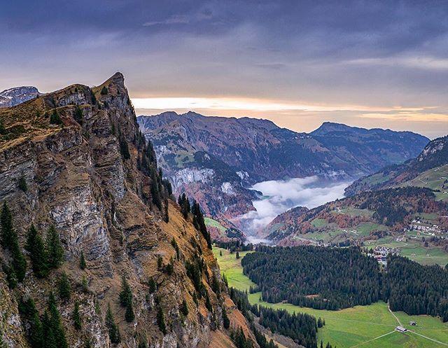 Somewhere in the Alps⛰ #alps #swissalps🇨🇭 #outdoorlife #backpacking #intothealps #rausaberrichtig #rausundmachen #fotopi #switzerland @myswitzerland @blickheimat #myswitzerland #ig_schweiz