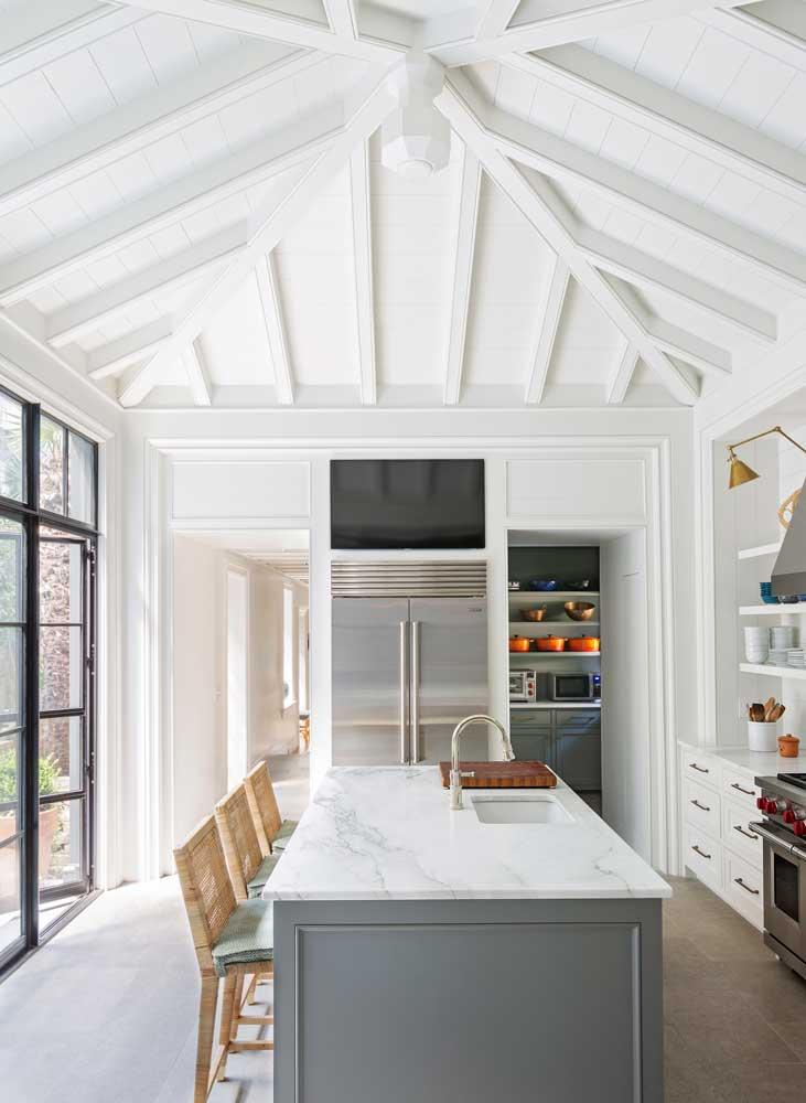 custom-designed-beamed-ceiling.jpg