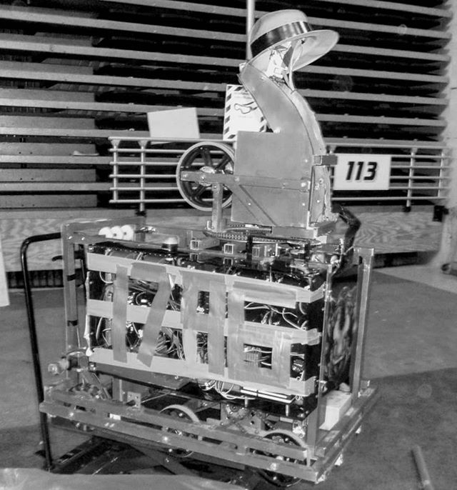 Day 2 of the #blackandwhitechallenge ! 7 days, 7 photos, no words, no explanation. We'd like to nominate our friends @frc3015