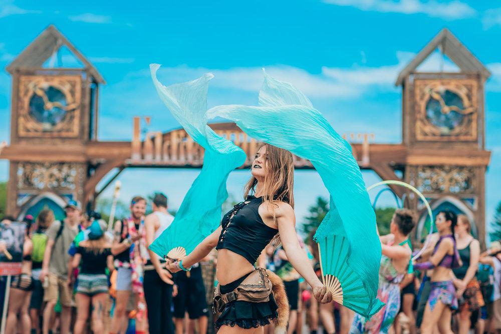 BLUE DANCER 2018.jpg