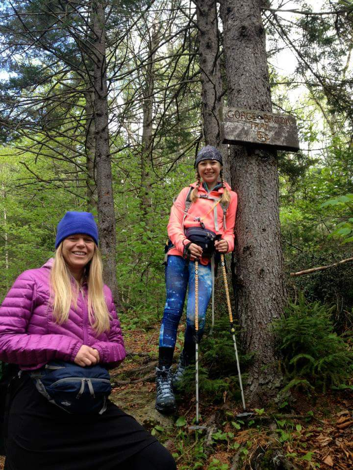 Tammy Daugherty hiking with her daughter, Emma