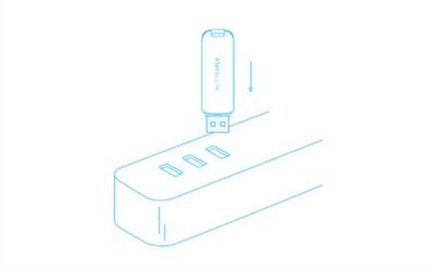 1. 插电  Butterfly VPN采用USB供电方式,可安装至笔记本电脑、充电器插头、移动电源等USB接口上。  产品蓝色指示灯持续慢闪为正常。