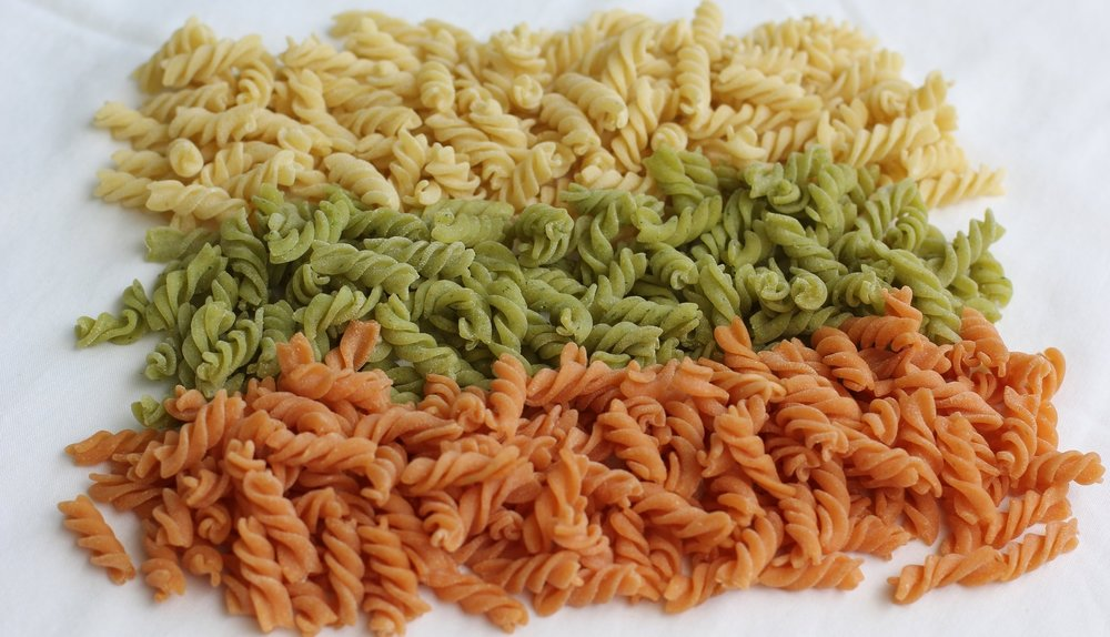 PLAIN AND VEGETABLE FRESH PASTA  - made with durum wheat semolina flour, fresh vegetable, fresh eggs and water.