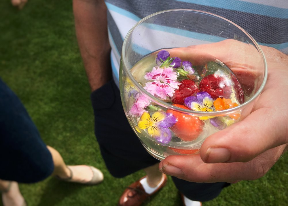 David's alcoholic drink with edible flowers