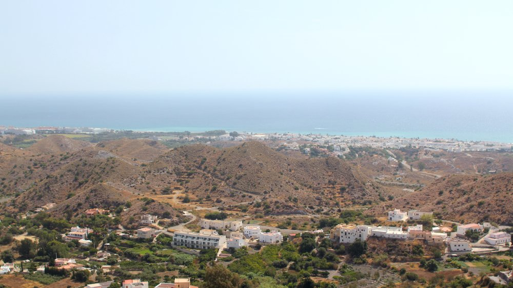 the view from the highest viewpoint in Mojácar Pueblo (in the distance you can see Mojacar Playa)