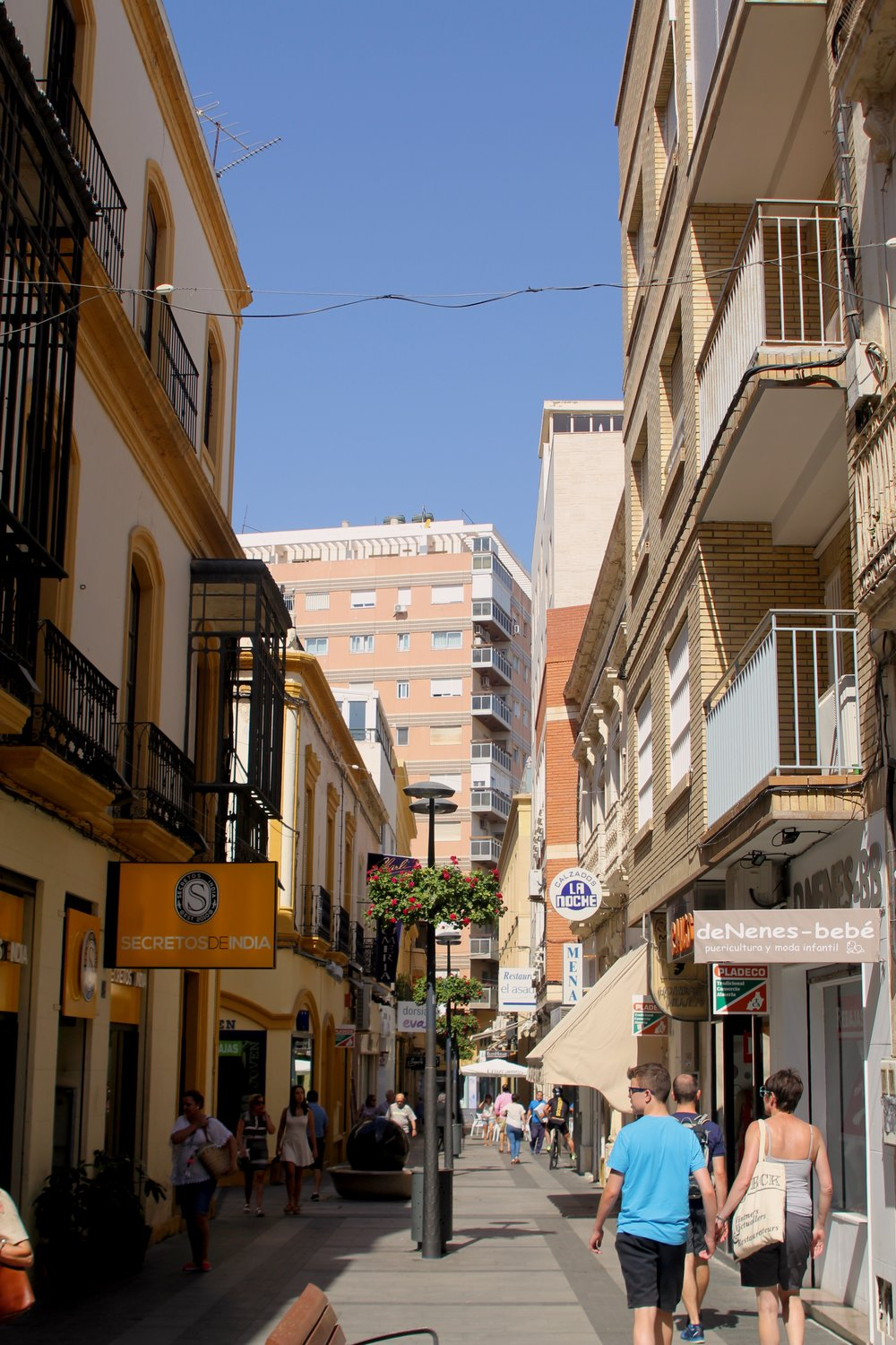 one of the many little streets in Almería