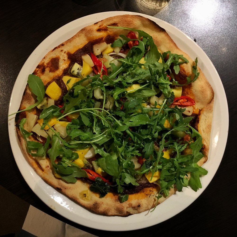 tropical curry pizza