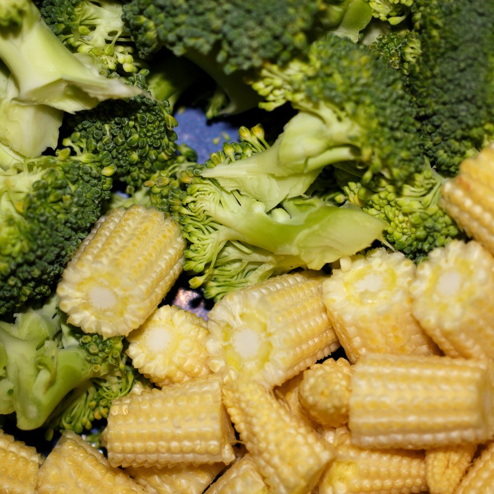 broccoli and baby sweetcorn