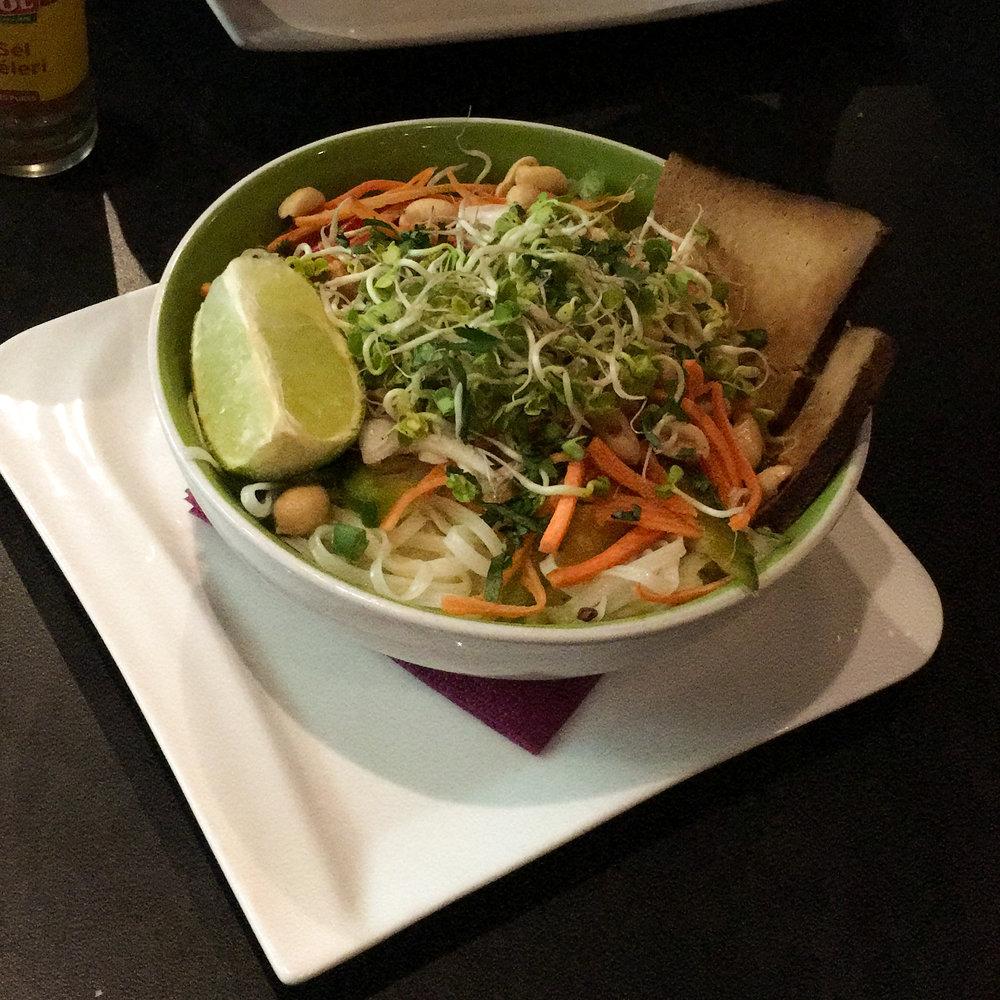 N'Thai (a ramen-style dish with veggies and tofu) from Dernier Bar Avant la Fin Monde
