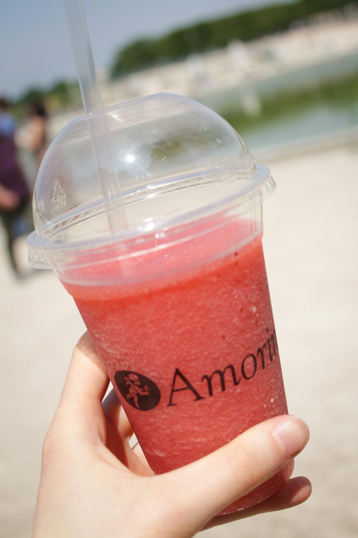 strawberry sorbet drink from Amorino