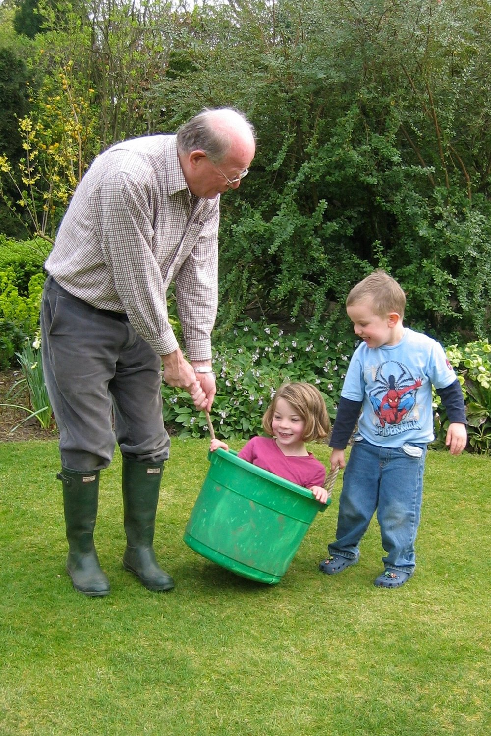 11th April 2007 - one of many segments of Grandad's famous obstacle courses