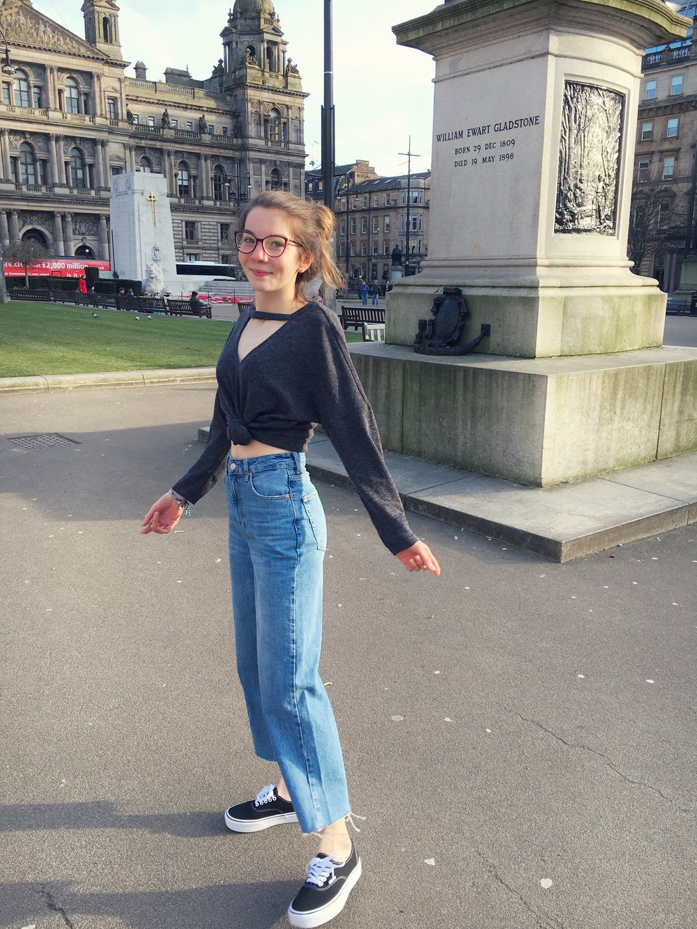 24th February - loving my new  mom jeans !