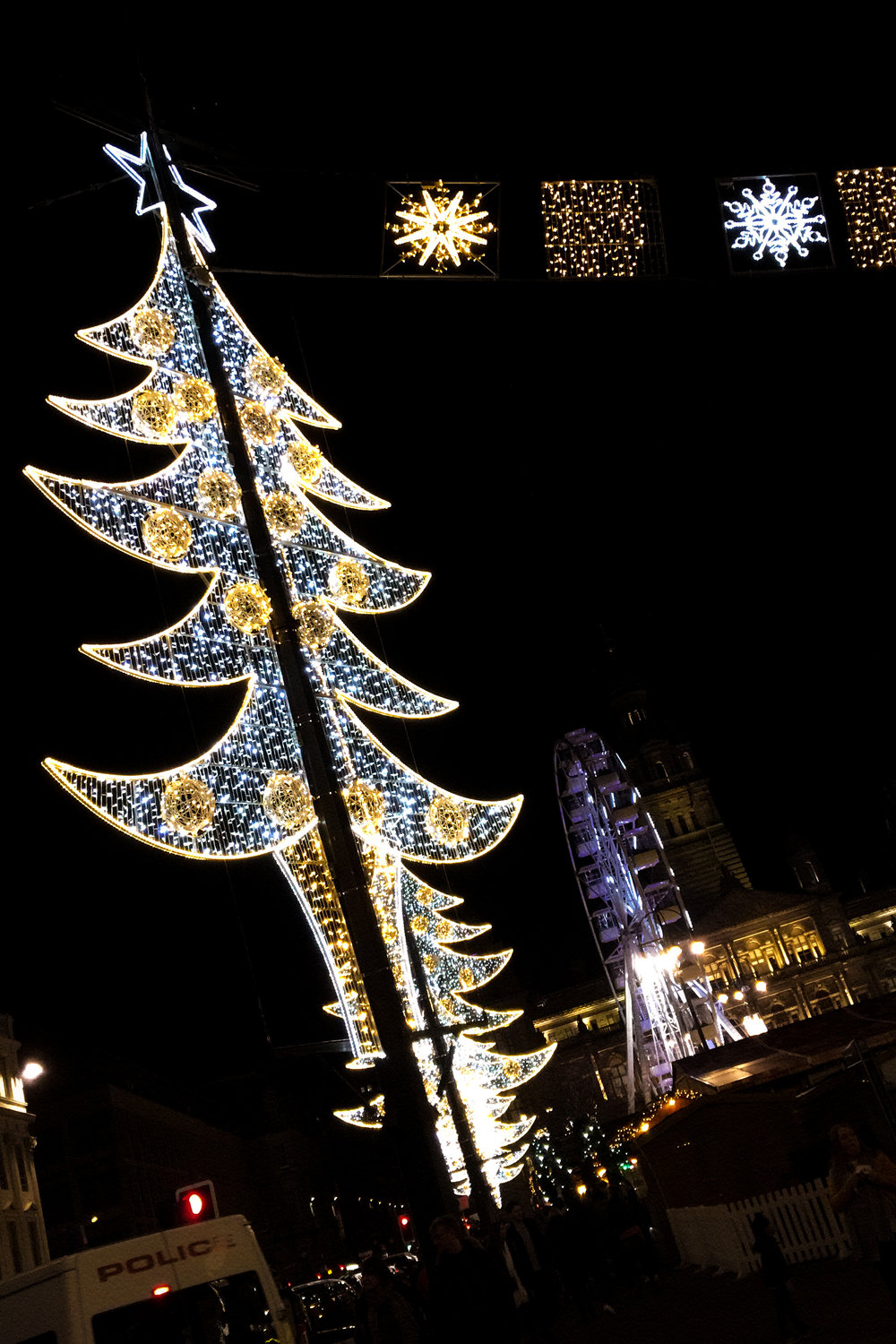 9th December - Christmas lights at George Square