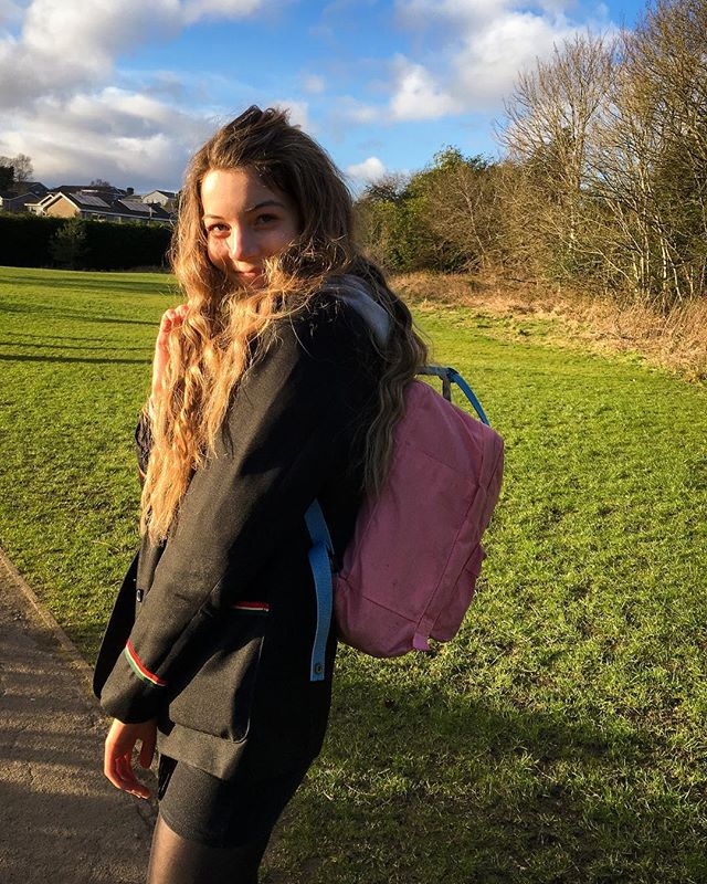 appreciation post for @eleanorennie the ultimate registration buddy and a fabby golden hour photographer too 😍 am vvv much going to miss our daily regi chats when we finish school 😢