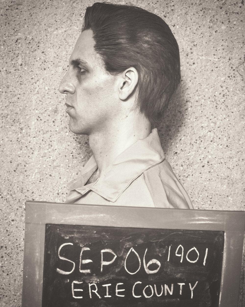 Rodolfo Nieto as Leon Czolgosz, Photo by Allen Weeks