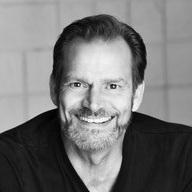 Mark Benninghofen (Frederik Egerman)