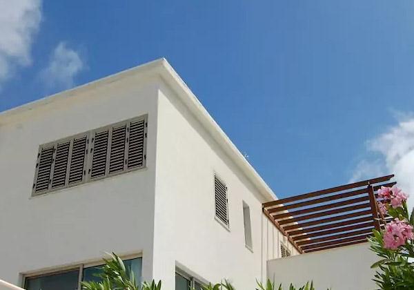 villa-front.jpg