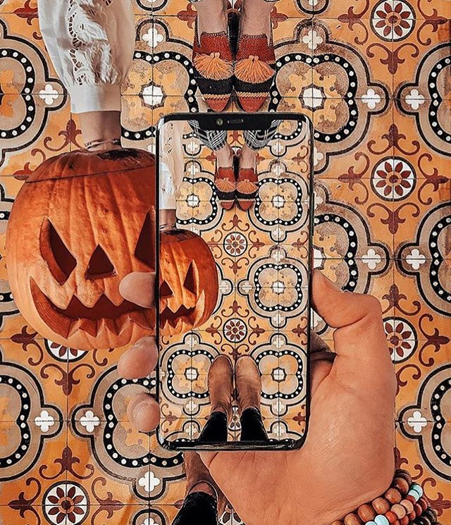 Happy Halloween from @irinahp and @me_and_mango featuring our Babouche Slippers 🧡🎃🧡 #TasselTales #SustainableFashion #FairFashion #Halloween