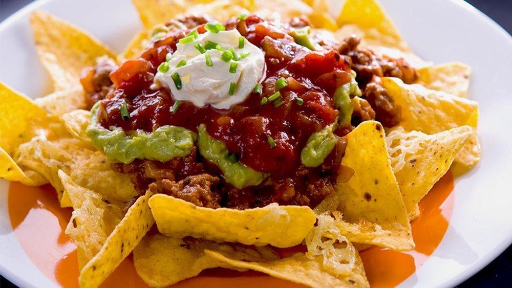beef-nachos-grande-50211014.jpg