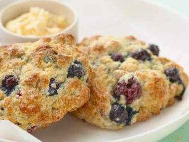Blissful Breakfasts! - This a fantastic way to make a healthy Thanksgiving treat that tastes AMAZING. Team CKA are HUGE fans of Greek Yogurt and use it when baking all the time (especially the Chobani brand)! For this recipe, we use holiday themed ingredients like cranberries, pumpkin and seasonal spices, but you can make it year round and substitute your favorite fruit (blueberries, strawberries, peaches etc…) and just use the corresponding Chobani Yogurt flavor. Enjoy!