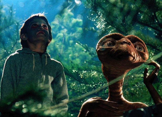 This Pop-Up Drive-In Theater Will Screen 'E.T.' And Other Movies Filmed In The Valley - LAist