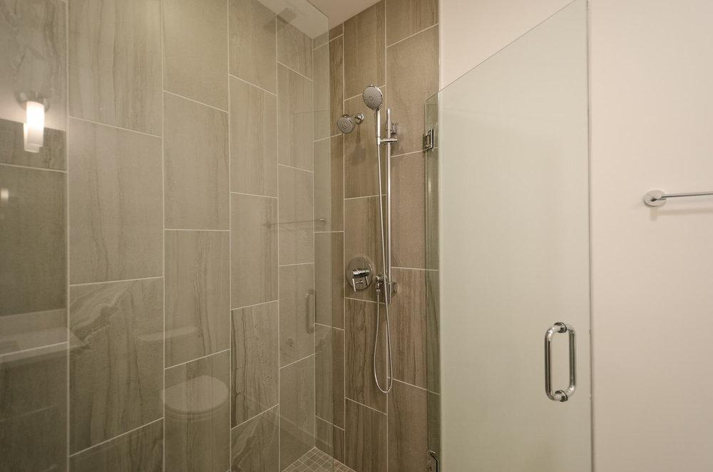 401 - Master Bath