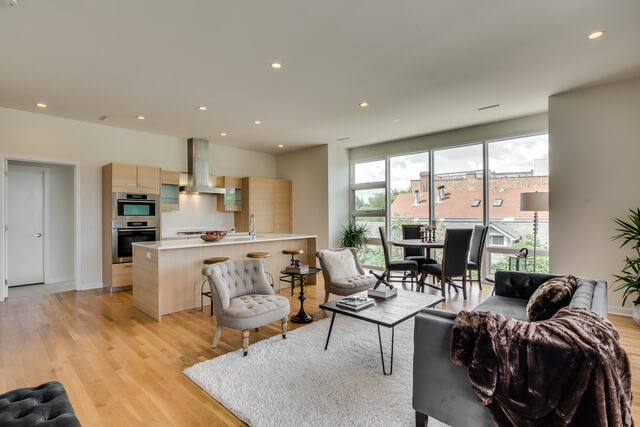 1250-N-Paulina-Chicago-Apartments-for-Rent-Living-Room-View.jpg